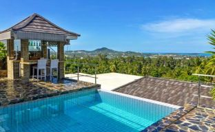 Luxury Sea-View Unique Villa with Pool Bar in Chaweng