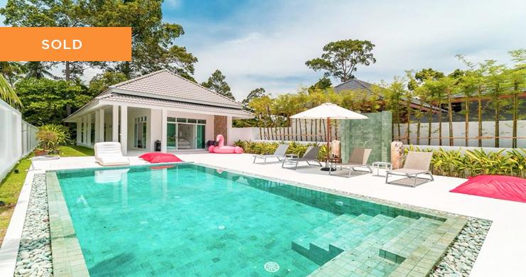 Modern 3 Bedroom Pool Villa in Maenam-1